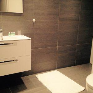 Bathroom bedroom 2, Anna